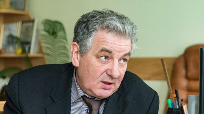 В Івано-Франківську від коронавірусу помер головлікар станції швидкої допомоги