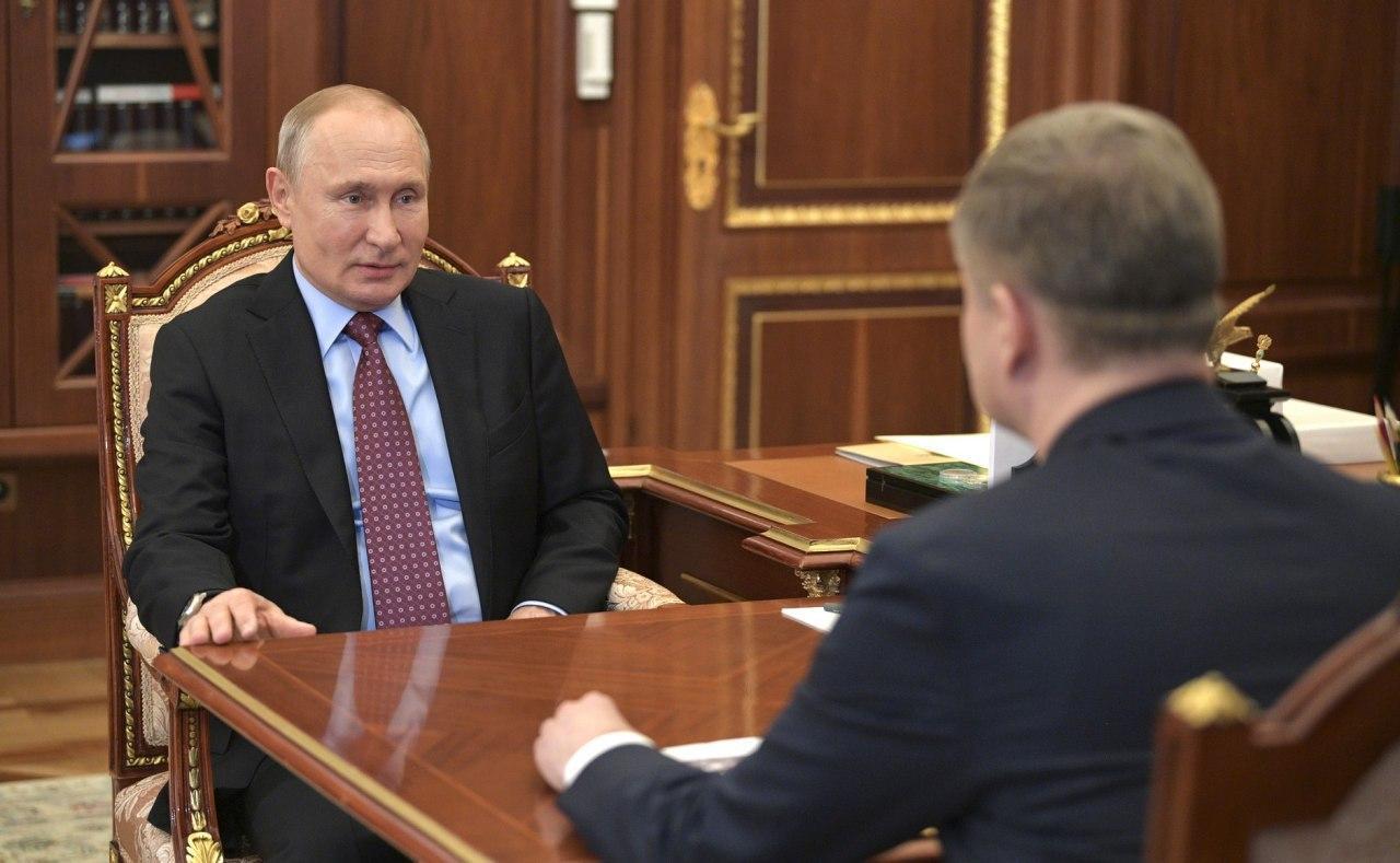"""Путін повернувся з """"бункера"""" назад у Кремль"""