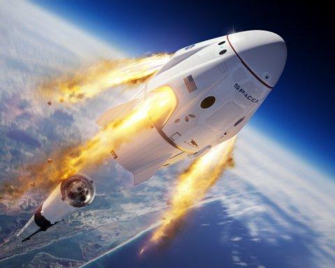 Астронавти Crew Dragon повернуть на Землю унікальну реліквію