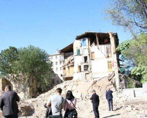 В Одесі обвалився житловий будинок: перші подробиці з місця НП