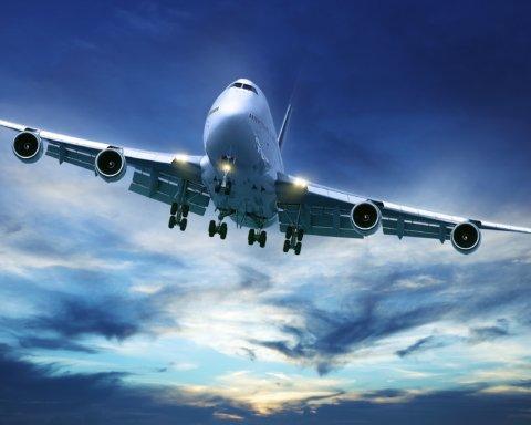 Три авиакомпании заявили о возобновлении рейсов в Украину: что известно