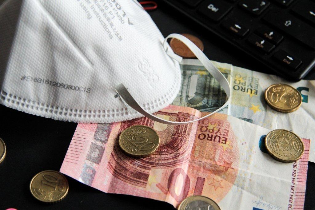 Україна хоче взяти кредит в 300 млн на подолання наслідків COVID-19