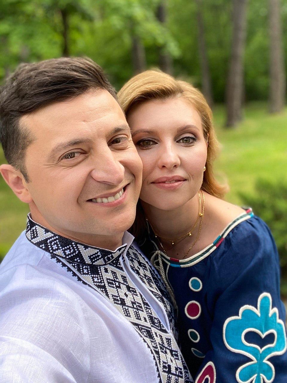День вышиванки: Зеленский с женой поздравили украинцев с праздником