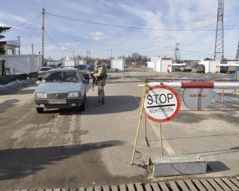 КПВВ на Донбассе откроют 10 июня: кого будут пускать