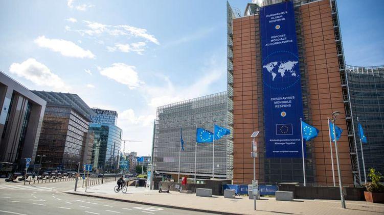 ЕС открывает границы: когда украинцы смогут поехать в Европу