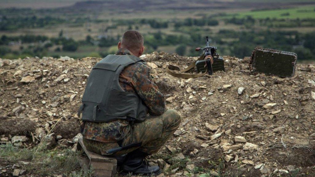 На Донбассе боевики шесть раз нарушили «тишину»