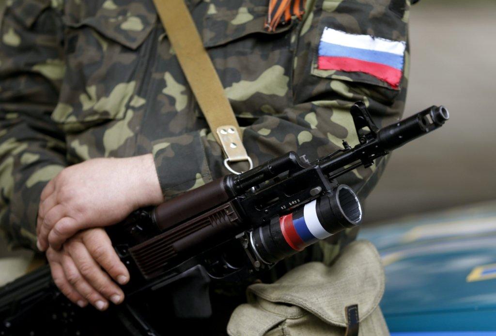 На Донбассе погиб украинский военный: подробности обострения