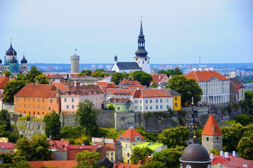 В Эстонии завершается режим чрезвычайного положения