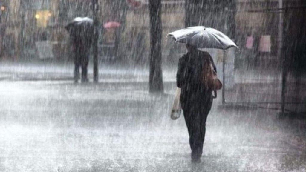 Ливни, грозы и град: синоптик расстроила прогнозом погоды