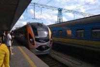 Відновлення залізничного сполучення: які області готові до запуску потягів