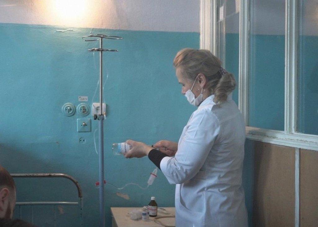 Заболеваемость COVID-19 в Украине пойдет на спад: врач утешил прогнозом