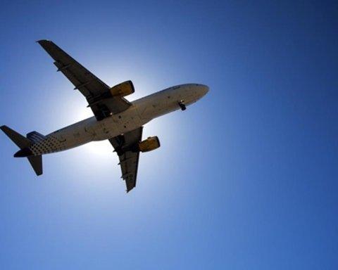 Названа официальная дата возобновления авиаперелетов по Украине и за границу