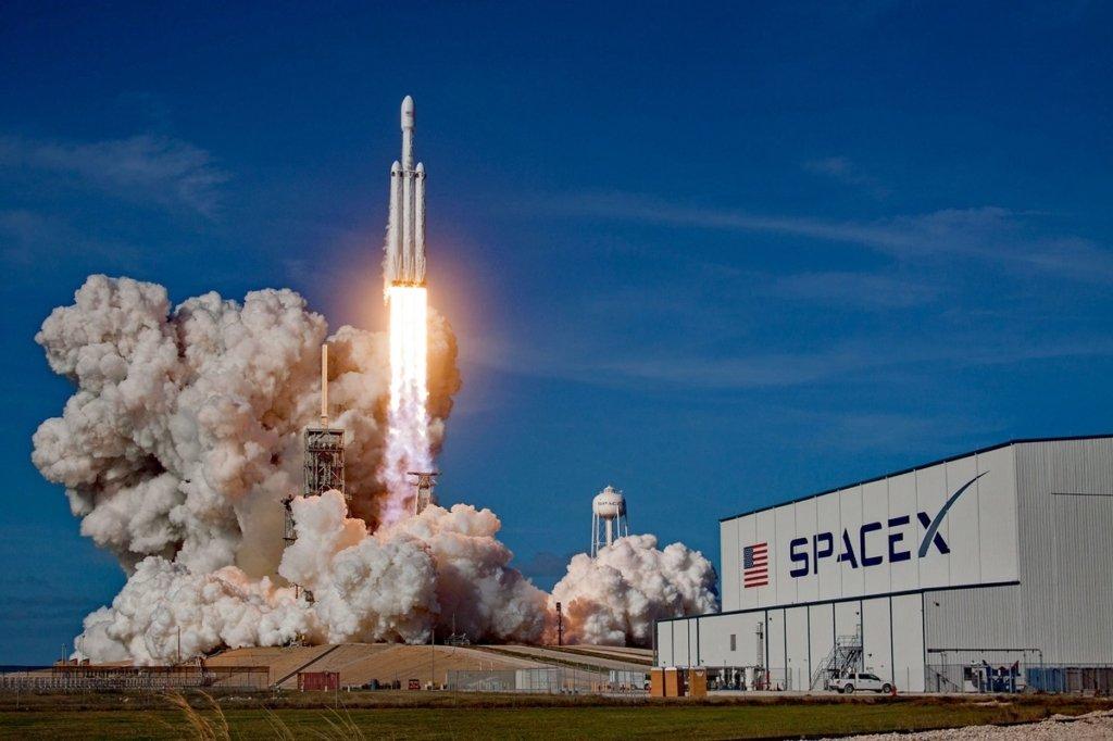 NASA оголосило час запуску корабля SpaceX