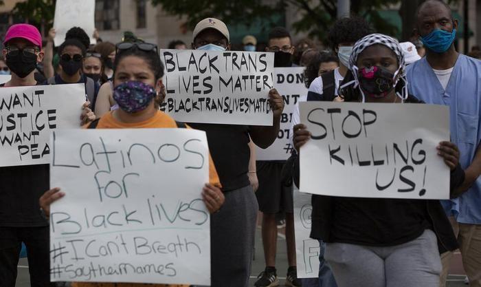 США охопили масові безлади через вбивство копами афроамериканця