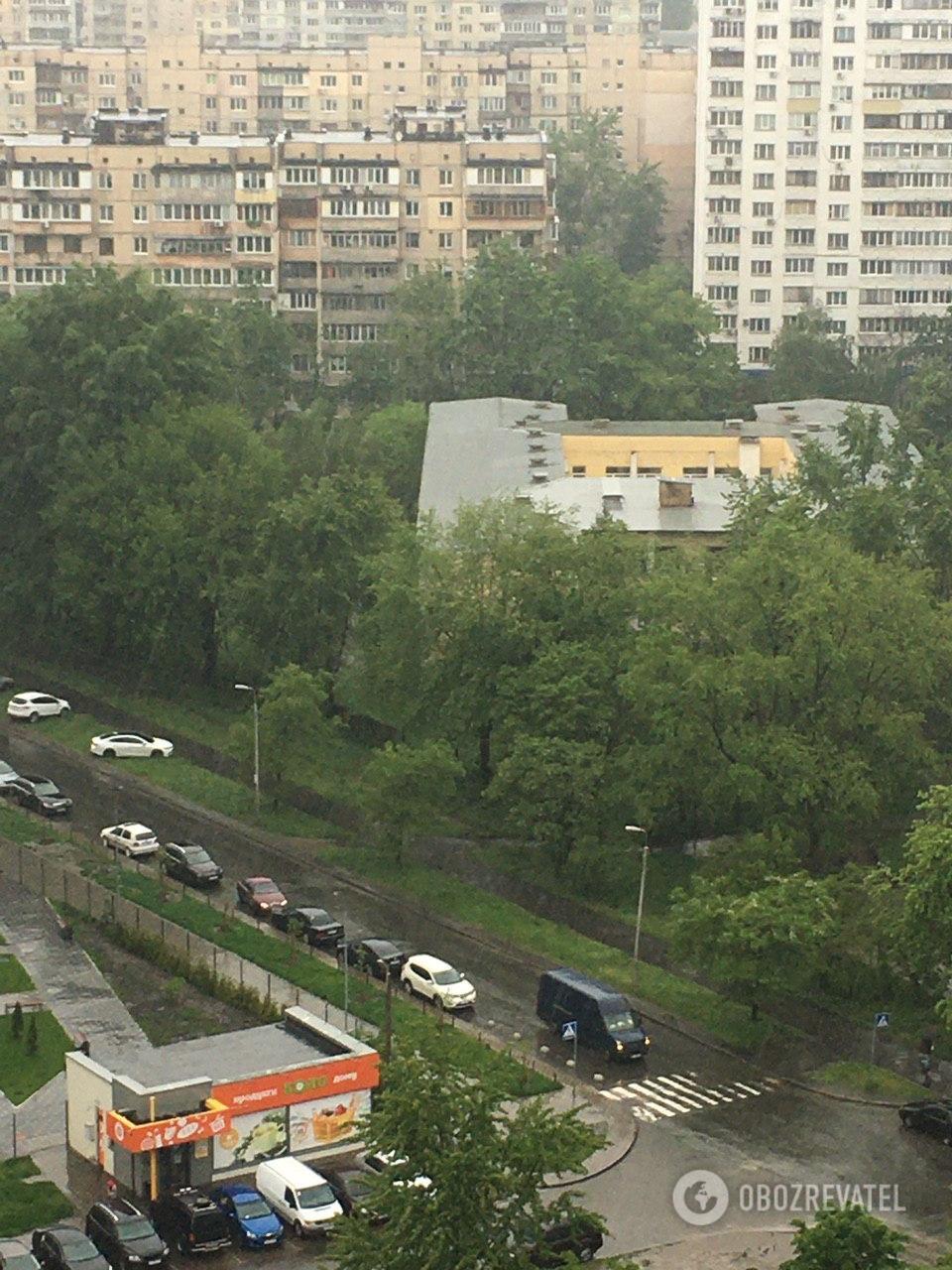 Киев ушел под воду: кадры потопа в столице