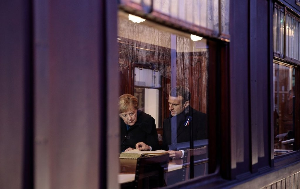 Країни ЄС розкритикували план Меркель і Макрона по виходу з коронакризи
