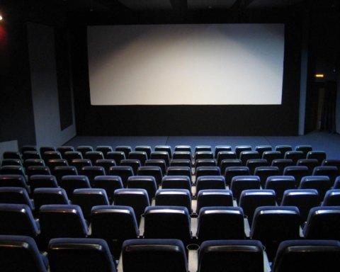 Названа точная дата открытия кинотеатров в Украине