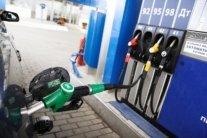 Бензин по 13 гривень: експерти спрогнозували ціни на АЗС в Україні