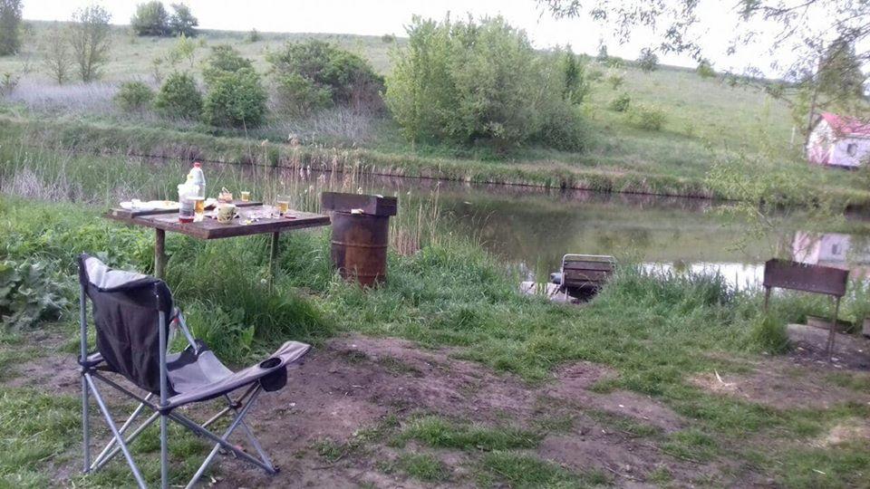 Расстреливал даже тех, кто спал: все подробности и фото массового убийства рыбаков в Житомирской области