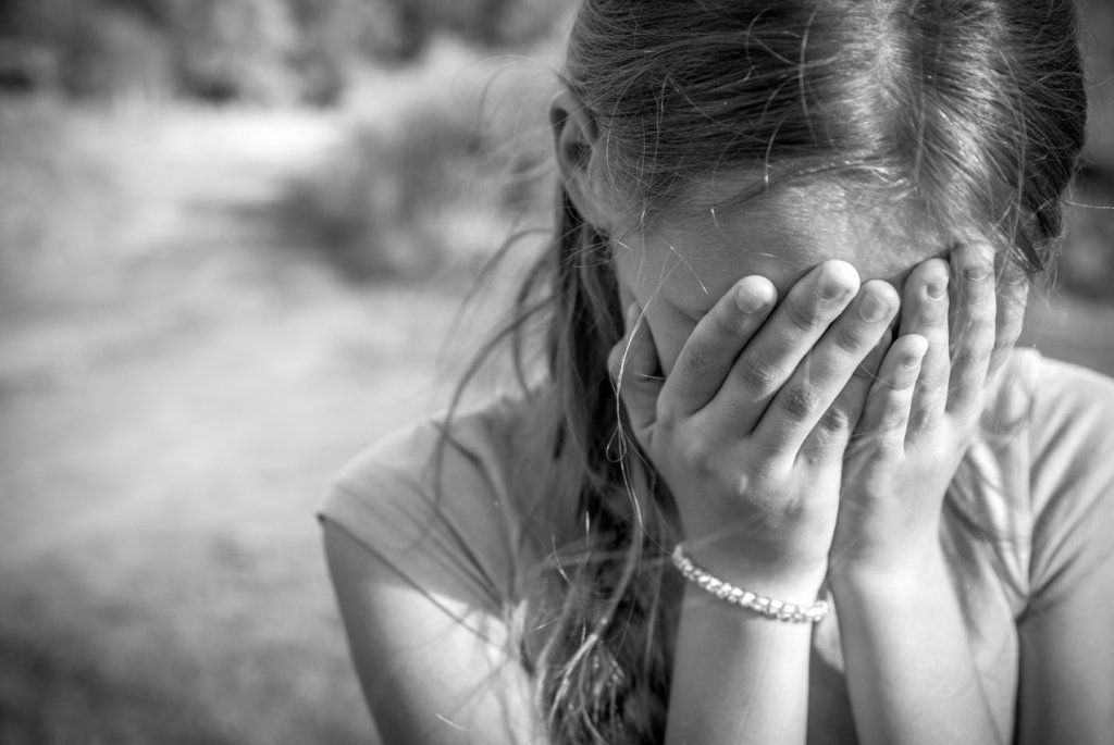 Ребенок совершил жуткое самоубийство в Хмельницкой области за долги банка