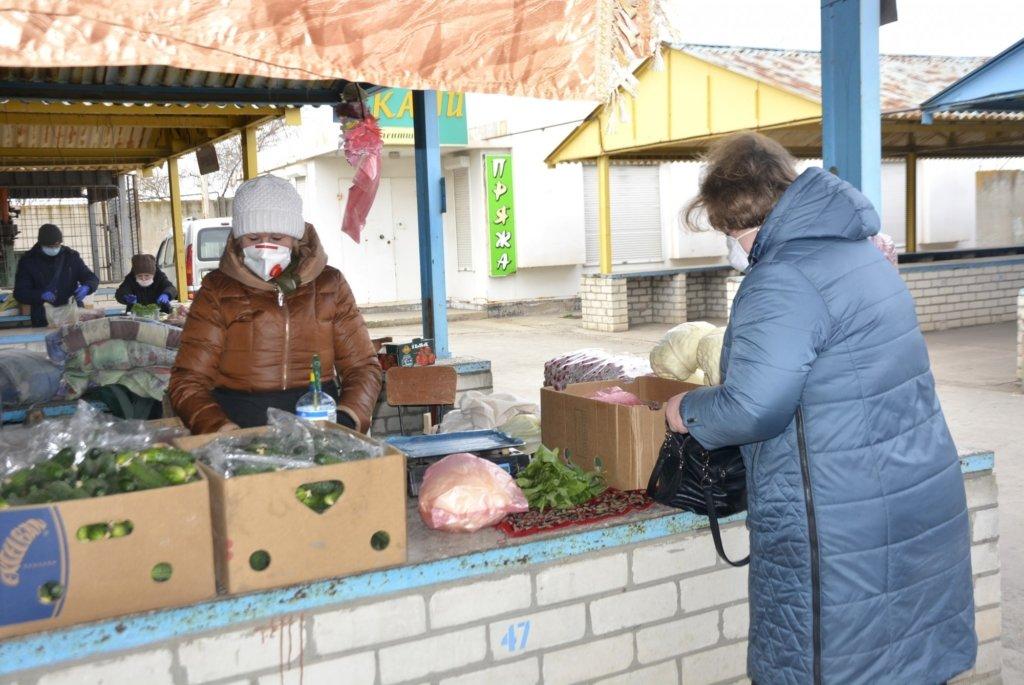 В Україні почали закривати продуктові ринки: що сталося