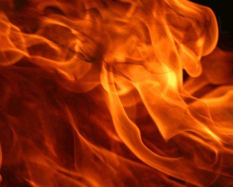 В Запорожье в COVID-больнице произошел пожар: 4 погибших, Степанов летит на место ЧП