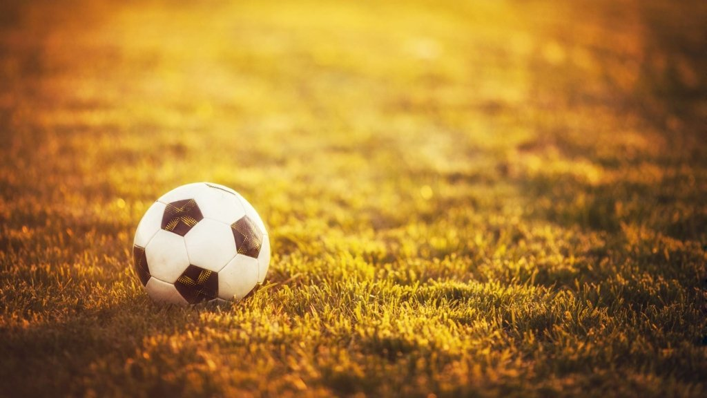 Изнасиловал несовершеннолетнюю: президента Федерации футбола обвинили в ужасном преступлении