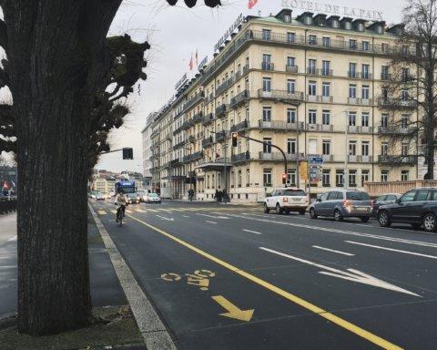 Через коронавірус в містах світу збільшується кількість велосипедних доріжок
