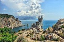 Бруд та сморід: в окупованому Криму провалився туристичний сезон