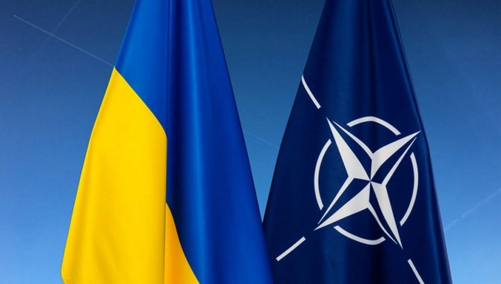 Россия стягивает технику к границе с Украиной: в НАТО выступили с резким заявлением