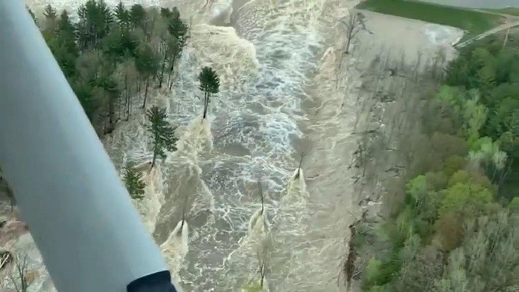 Ціле місто йде під воду: в США сталася найбільша за 500 років повінь