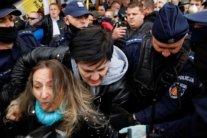 У Варшаві пройшли протести проти карантинних обмежень