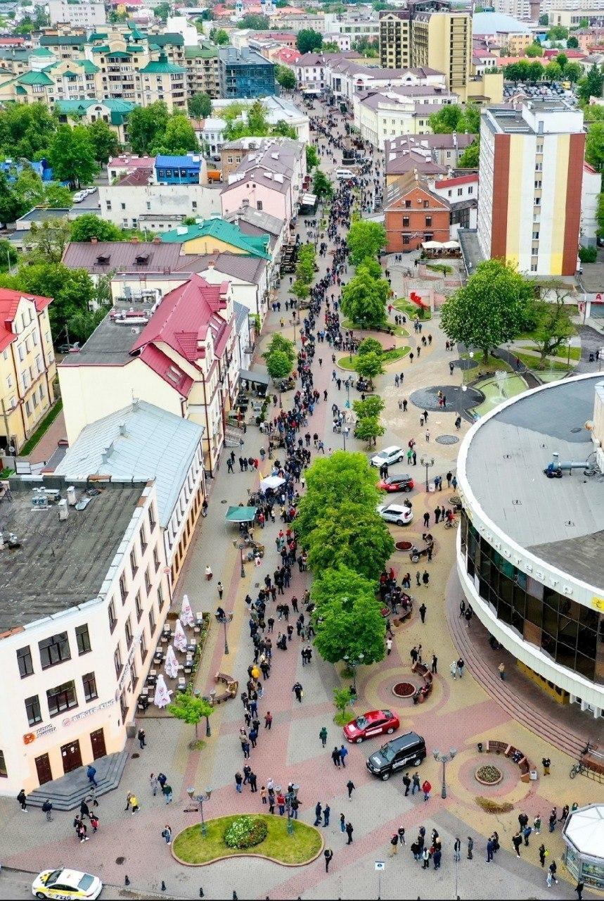 У Білорусі проходять масові пікети на підтримку опозиційних кандидатів