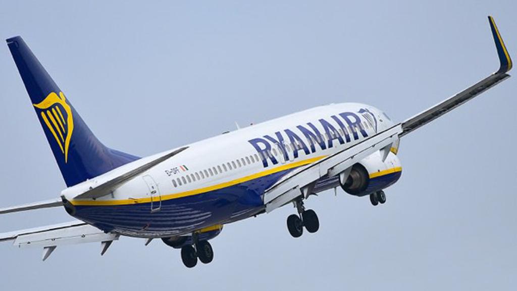 Ryanair відновлює польоти з України: зявилися маршрути та дати рейсів
