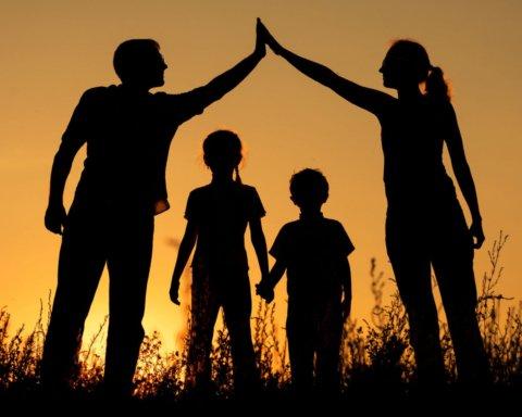 День сім'ї 2020: найкращі привітання у віршах та прозі