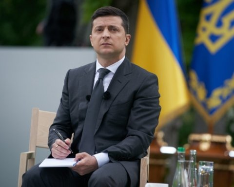 Мэр Черкасс подал в суд на Зеленского: первые подробности