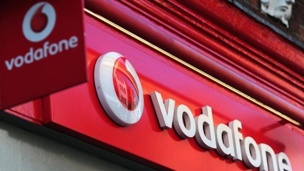 """Vodafone пояснив відсутність мобільного зв'язку в """"ЛНР"""""""