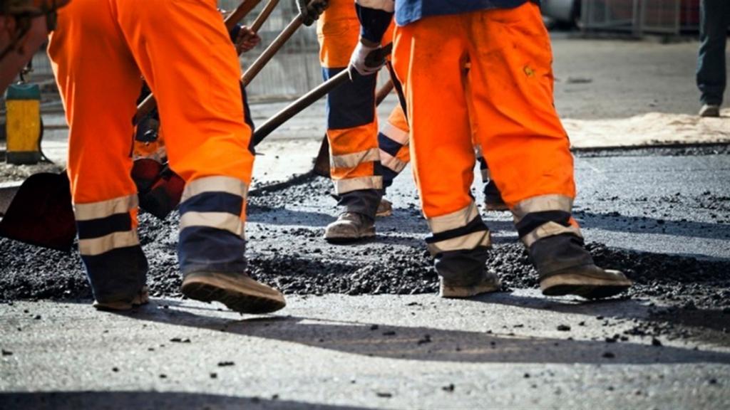Кабмін затвердив платні дороги в Україні: кому доведеться оплачувати проїзд