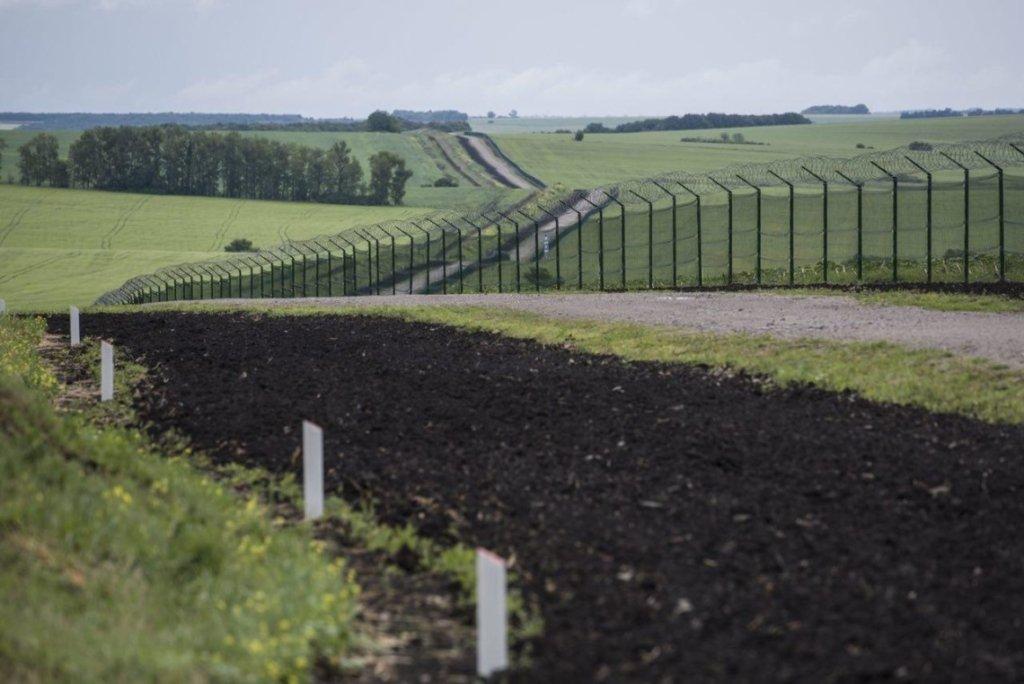 Україна збудувала стіну на кордоні з Росією: готовність 40%