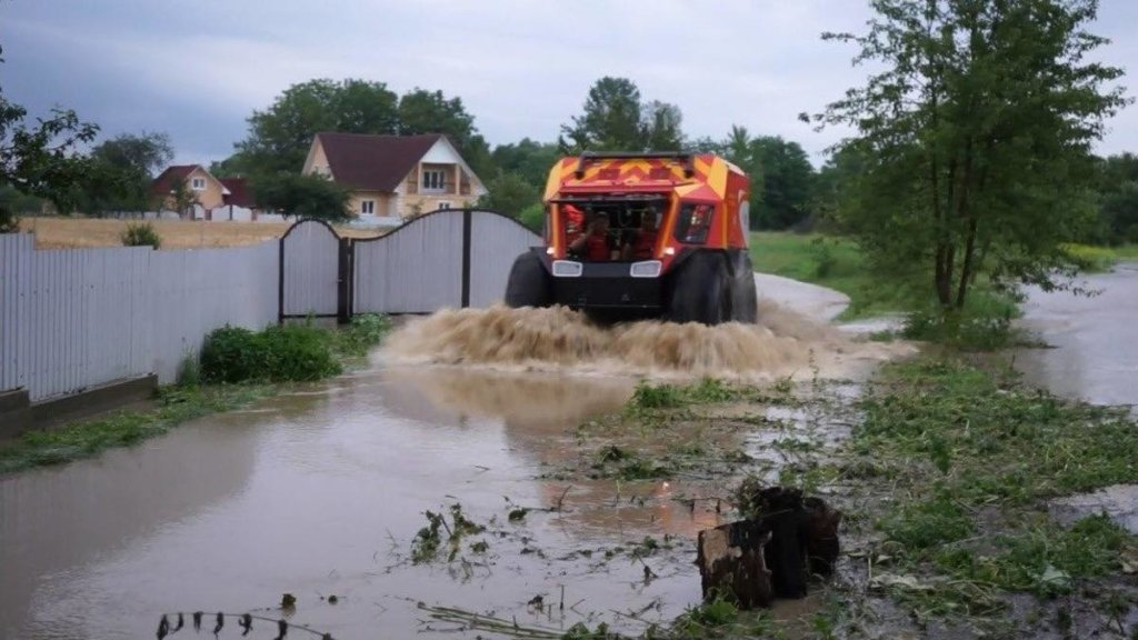 Наводнение на Западе Украины: зону бедствия снова зальют дожди