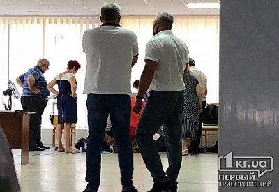 Депутат умер прямо во время заседания в Кривом Роге