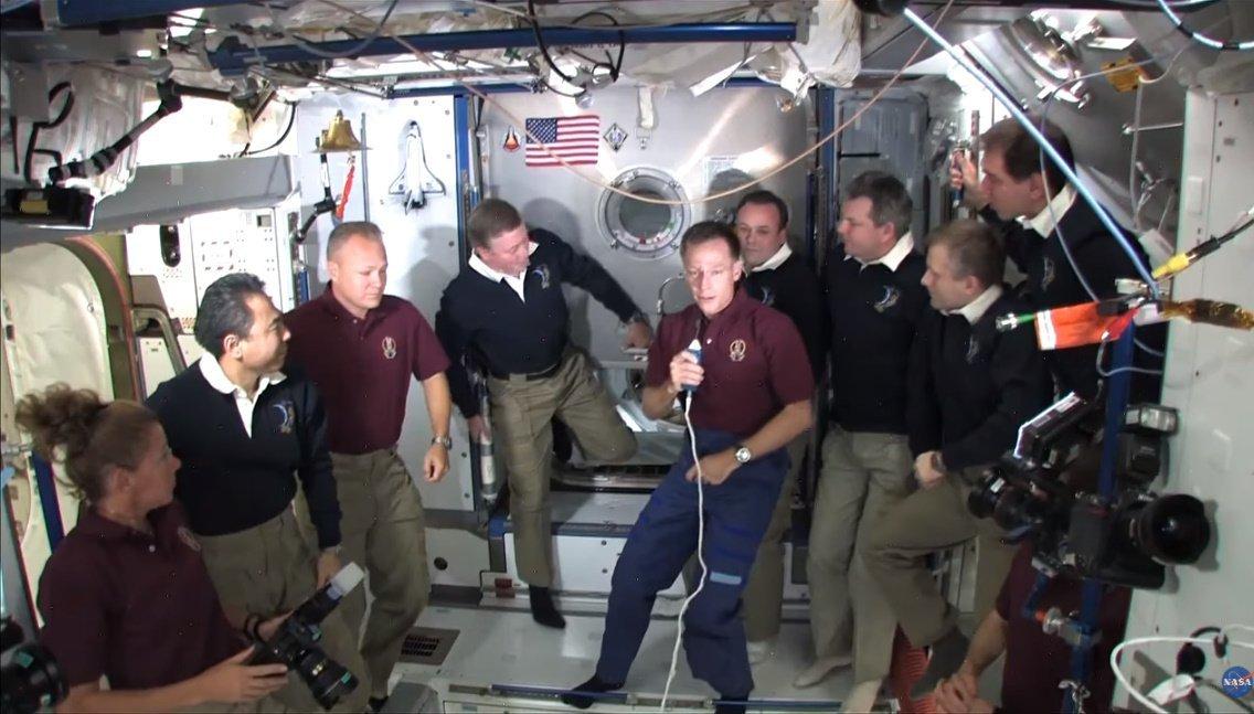 Астронавты Crew Dragon вернут на Землю уникальную реликвию