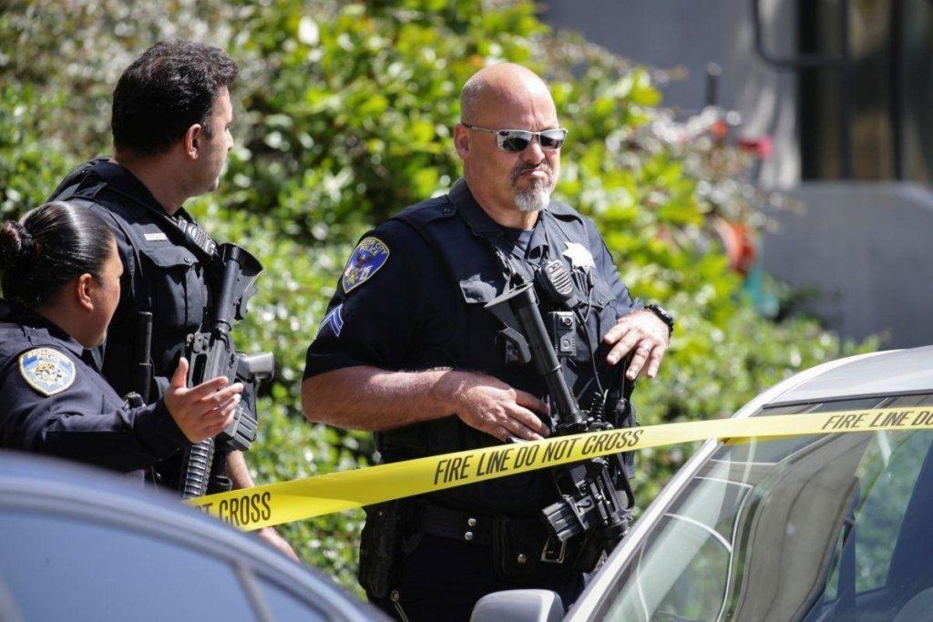 Неадекватный мужчина устроил резню в отеле: много погибших