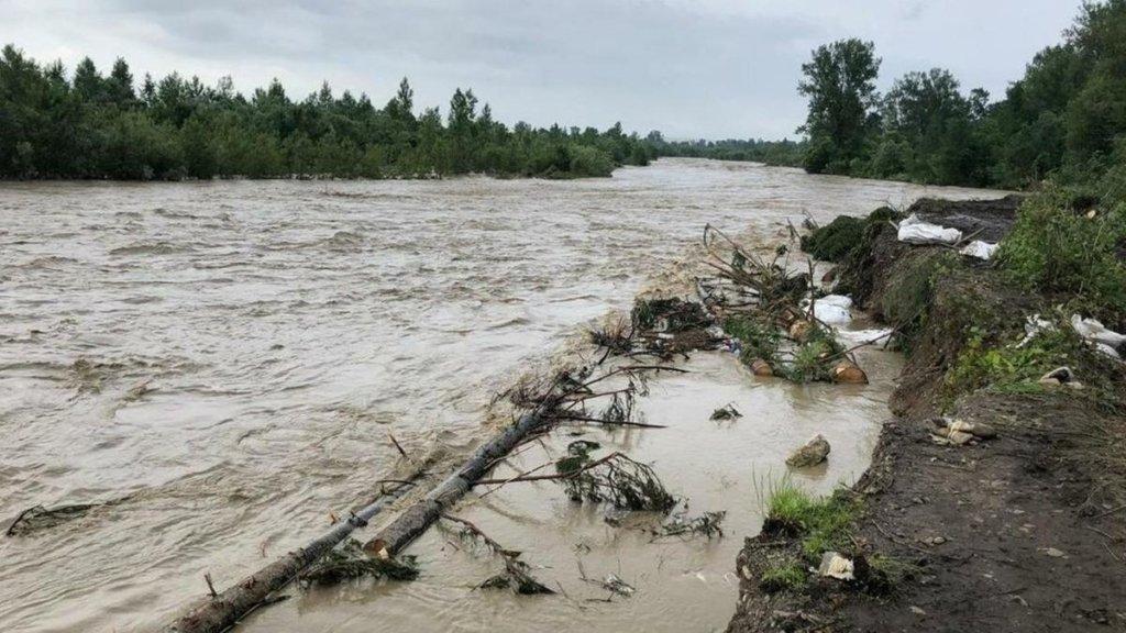 Чернівецька область готується до евакуації: яким районам загрожує повінь