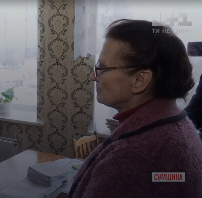 """Учителька взяла в """"заручники"""" дітей на Сумщині: що відомо на даний момент"""