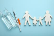 Які документи потрібні для вакцинації від COVID-19 в Україні: повний список