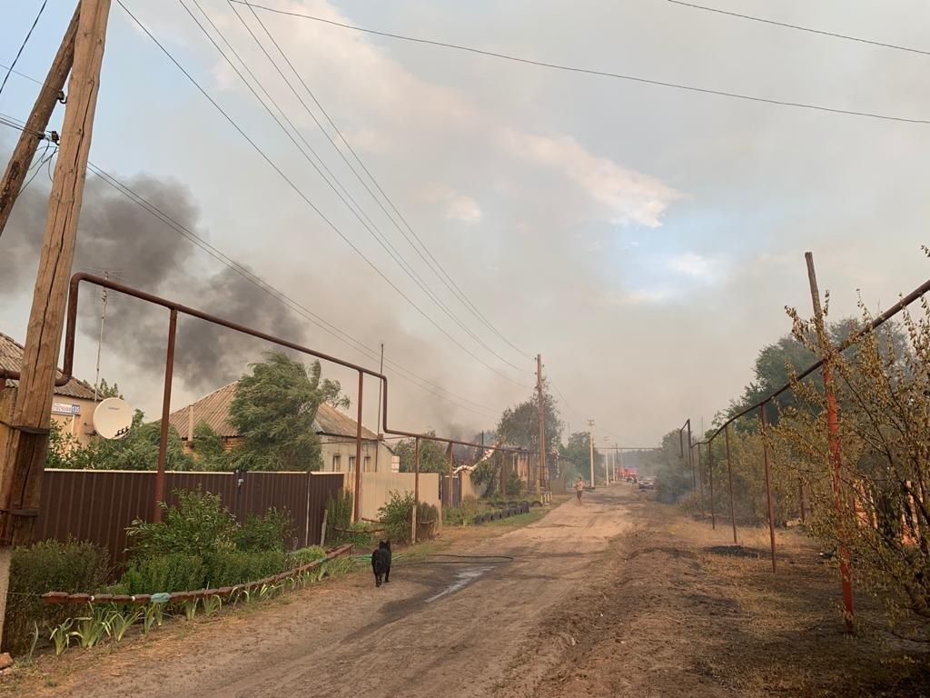 Смертельні пожежі на Луганщині: останні новини, фото та відео з місця НП