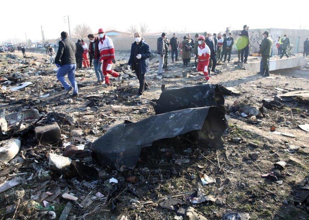 Франція отримала від Ірану чорні скриньки збитого літака МАУ