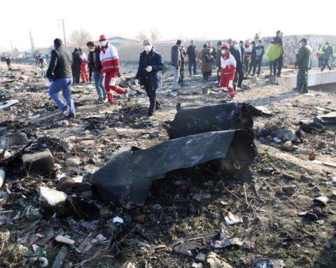 Франция получила от Ирана черные ящики сбитого самолета МАУ