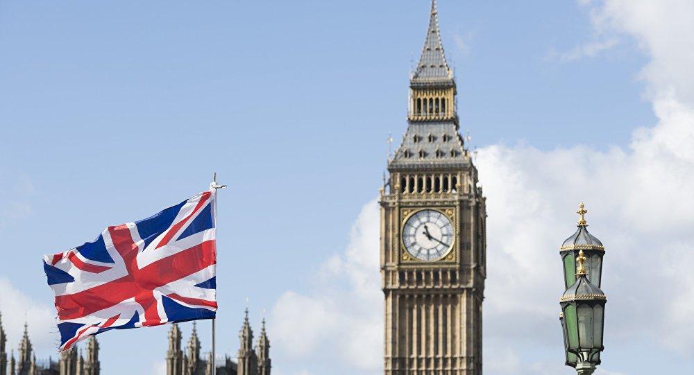 Британія збирається досліджувати вплив COVID-19 на організм людини